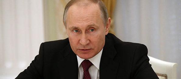 Президент РФ продлил действие продуктового эмбарго